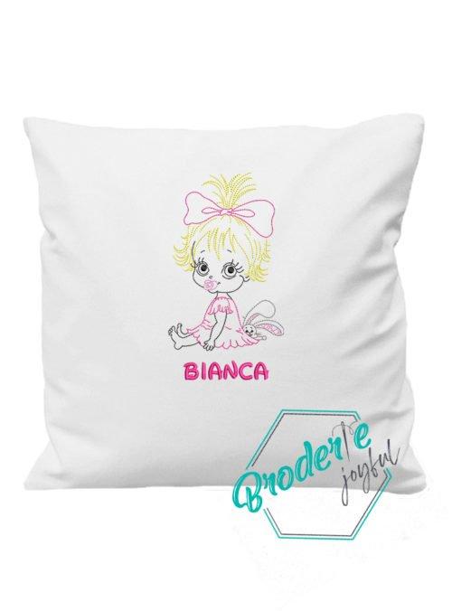 Pernuta brodata little girl Bianca