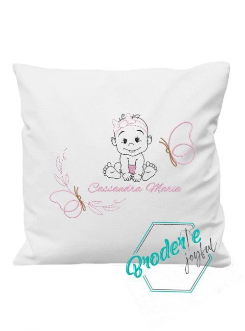 Pernuta personalizata baby girl Cassandra