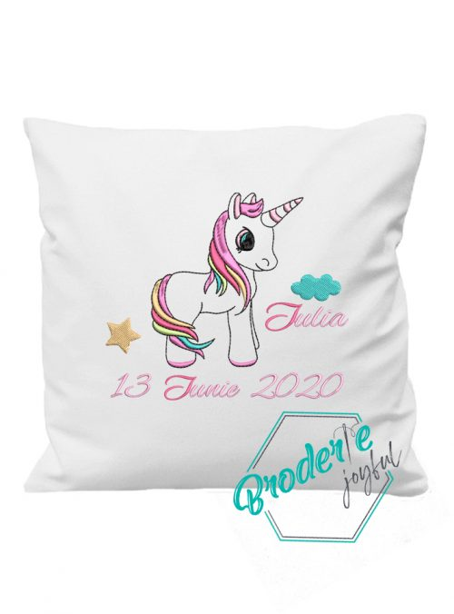 Pernuta personalizata unicorn Iulia